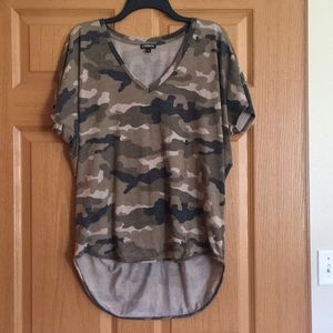 New without tags Express camo top large